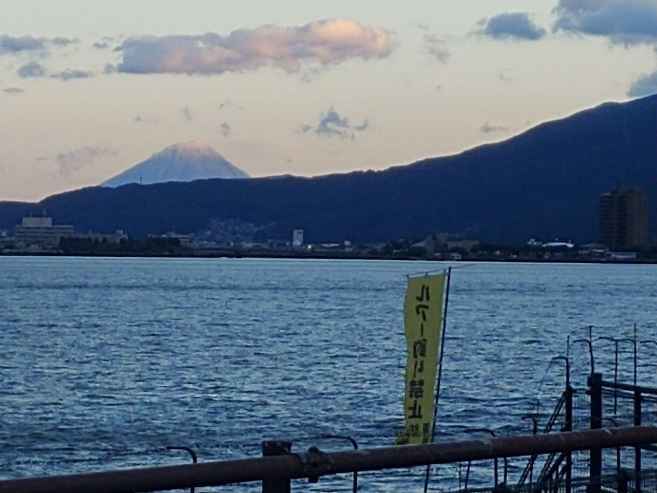 赤砂崎公園から望む富士山