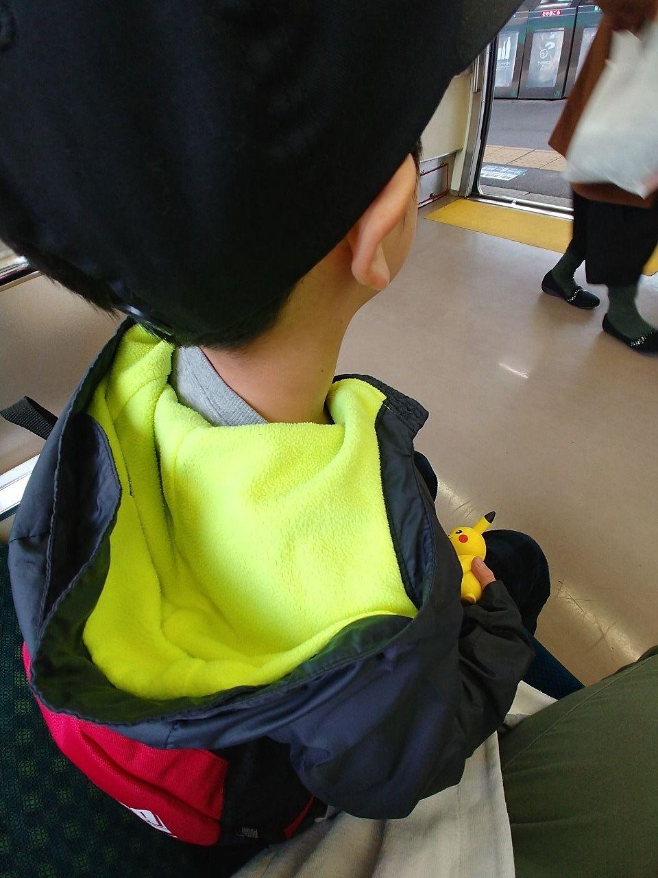 帰りの電車内での様子