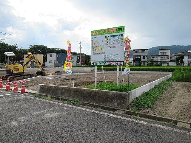 岡谷市 長地 宅地分譲 シルキータウン 長地 片間町間もなく竣工です
