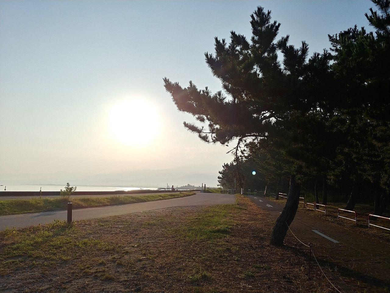 浜黒崎キャンプ場で朝を迎えました