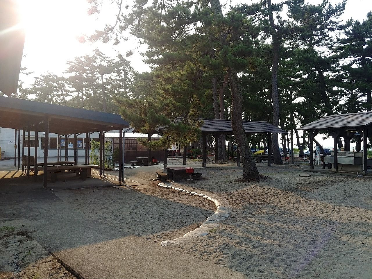 浜黒崎キャンプ場の様子です